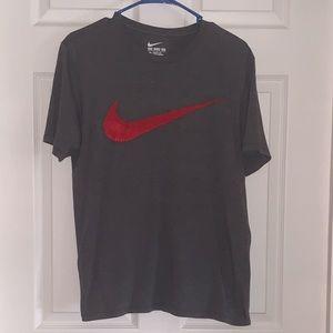 Men's Nike T-Shirt - Size Medium